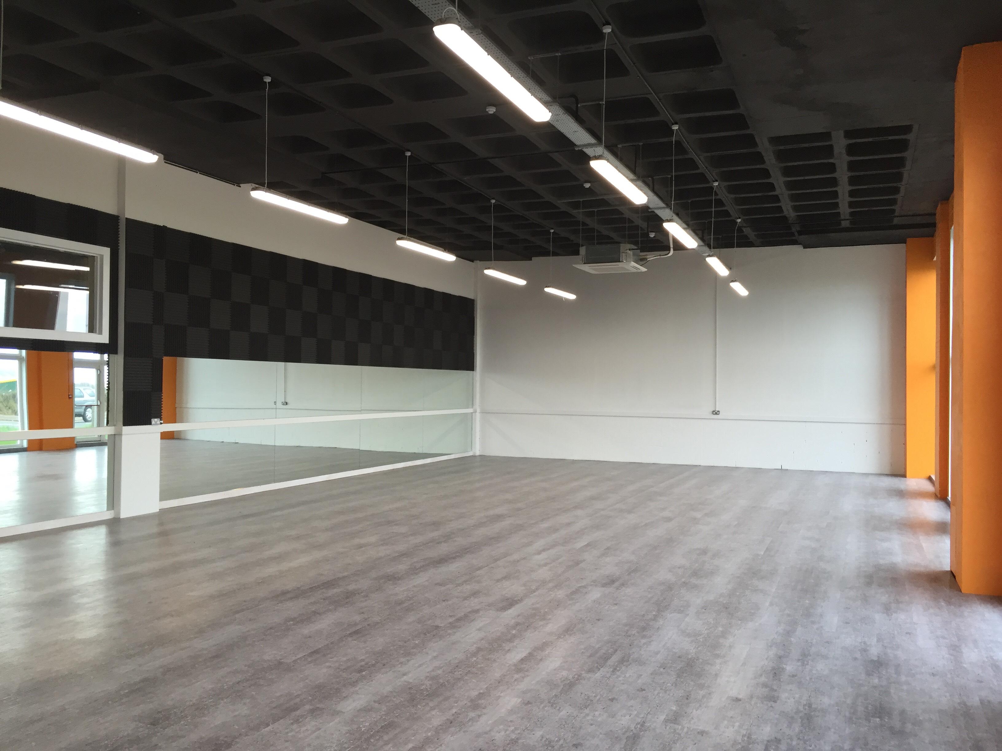 The Circle - Studios